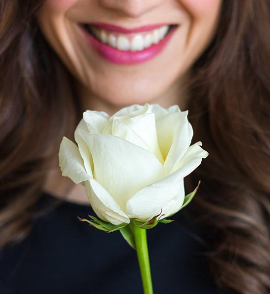 white-rose-luana-casaluce-destination-wedding-planner.jpg